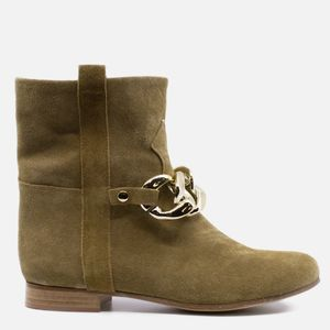 Illuminal Suede ankle boot with removable chain