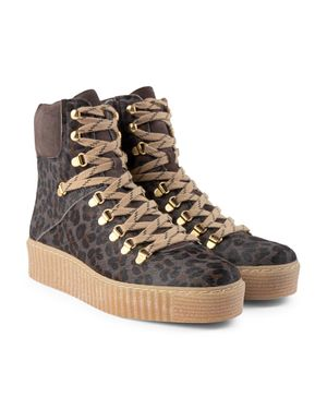 Agda Boot in Grey Leopard