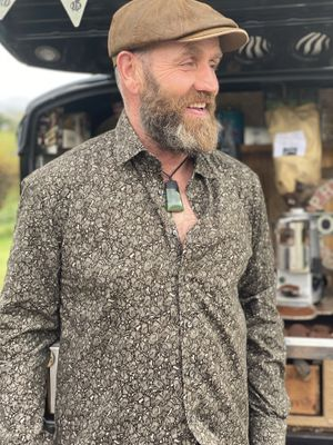 Modern Fit Shirt in Olive Paisley Print