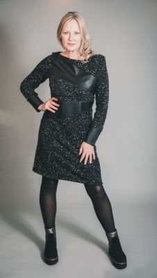 ELSEWHERE ADELE DOT FITTED FLEECE & FAUX LEATHER DRESS