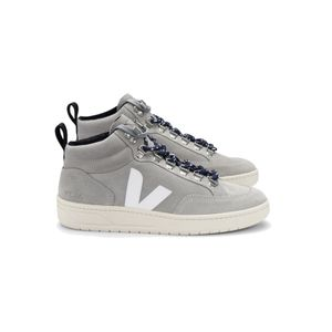 VEJA Roraima Suede Trainers - Oxford Grey & White