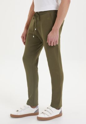 ESSENTIALS SWEATPANT in Dark Olive