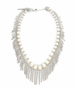 Crew-necklace with pearls and rhinestones