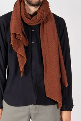 Hannes Roether Shawl / Fluse / Red Brown