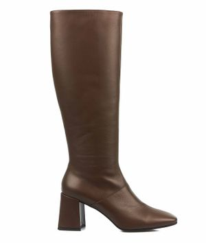 Boots in smooth leather